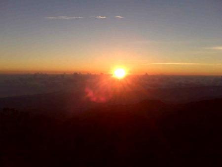 Sunrise at Blue Mountain Peak
