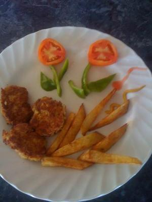 A Plate of Tuna Cakes ...  with Chips<br>Click each image to enlarge